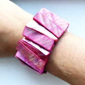 Vintage boho hot pink shell stretch bracelet